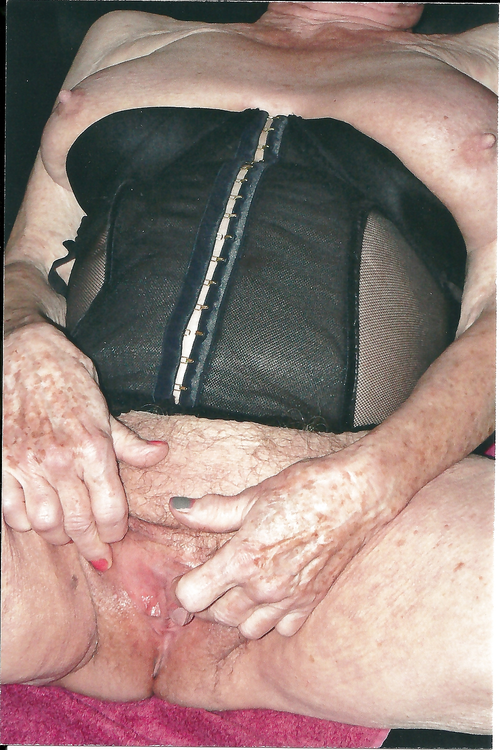 Mature clit gallery