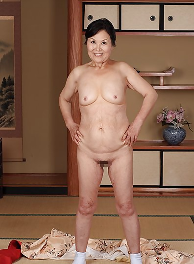 Japanese nude woman mature
