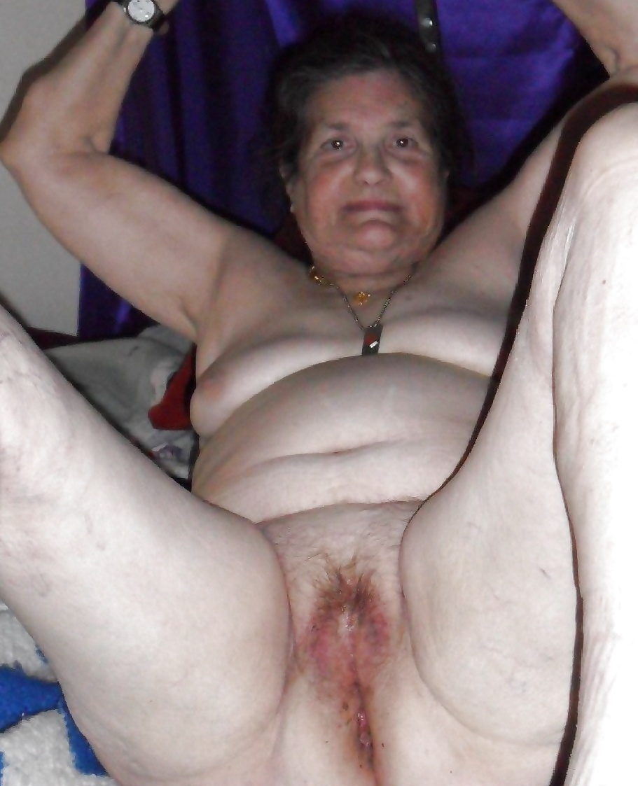uncut bareback sex
